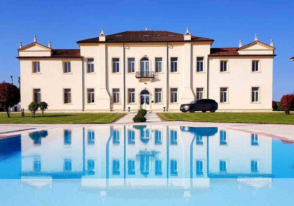 authentic venetian villa 16th century with swimming pool